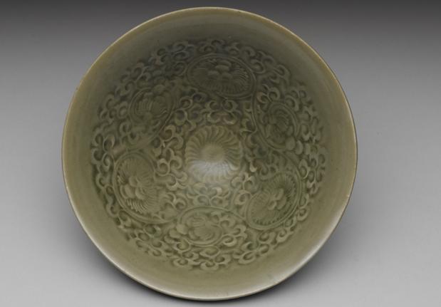 北宋耀州窑青瓷印花菊花碗