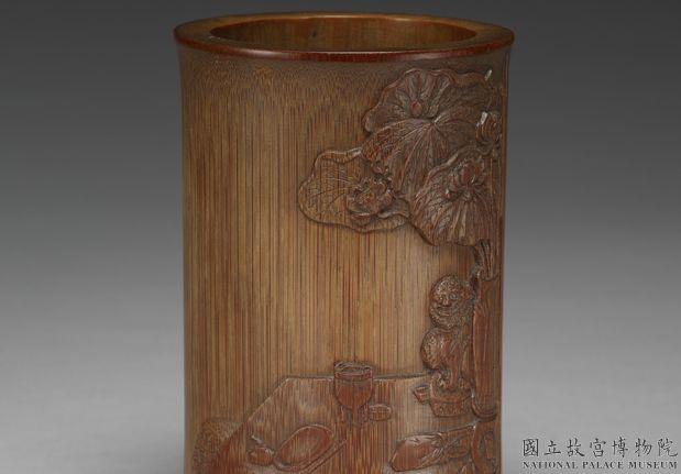 明十七世纪朱三松款雕竹窥简图笔筒
